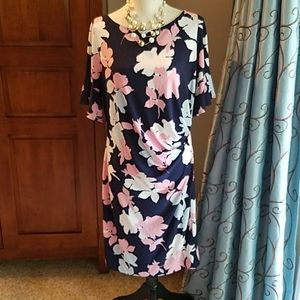 Taylor Pea in the Pod floral flutter sleeve dress